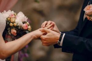 訂婚工作人員紅包怎麼包|婚禮籌備懶人包